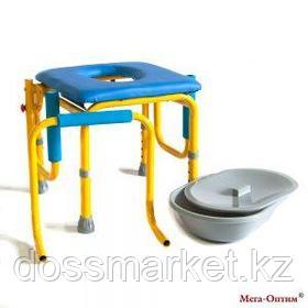 Стул-кресло (с санитарным оснащением) FS 813