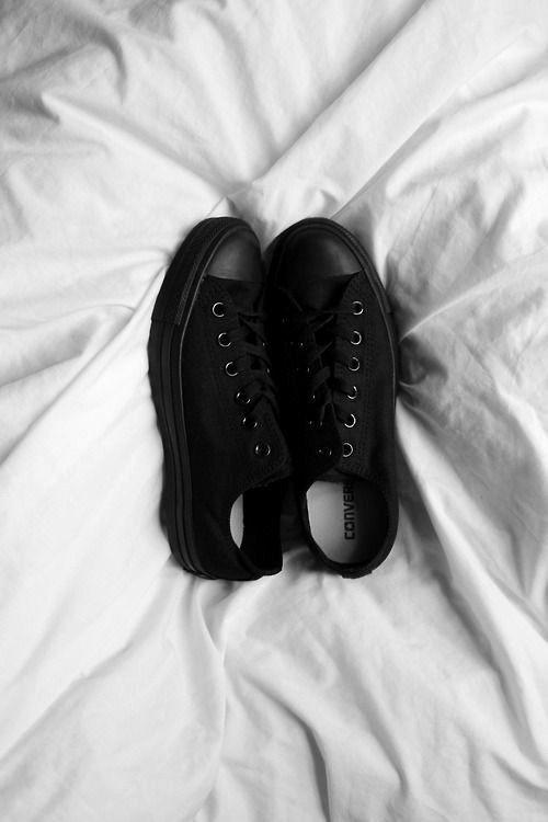 Кеды черные низкие классические