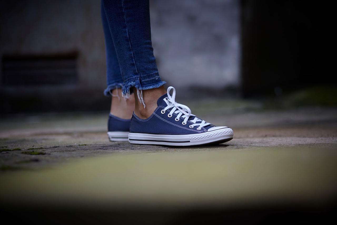 Кеды синие низкие классические
