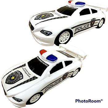 Полицеская спорт машина