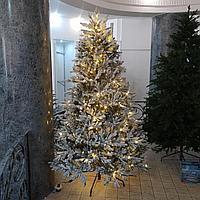 """Заснеженная искусственная елка с освещением """"Изумрудная"""" высотой 3 метра"""