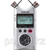 Рекордер Tascam DR-40X серый