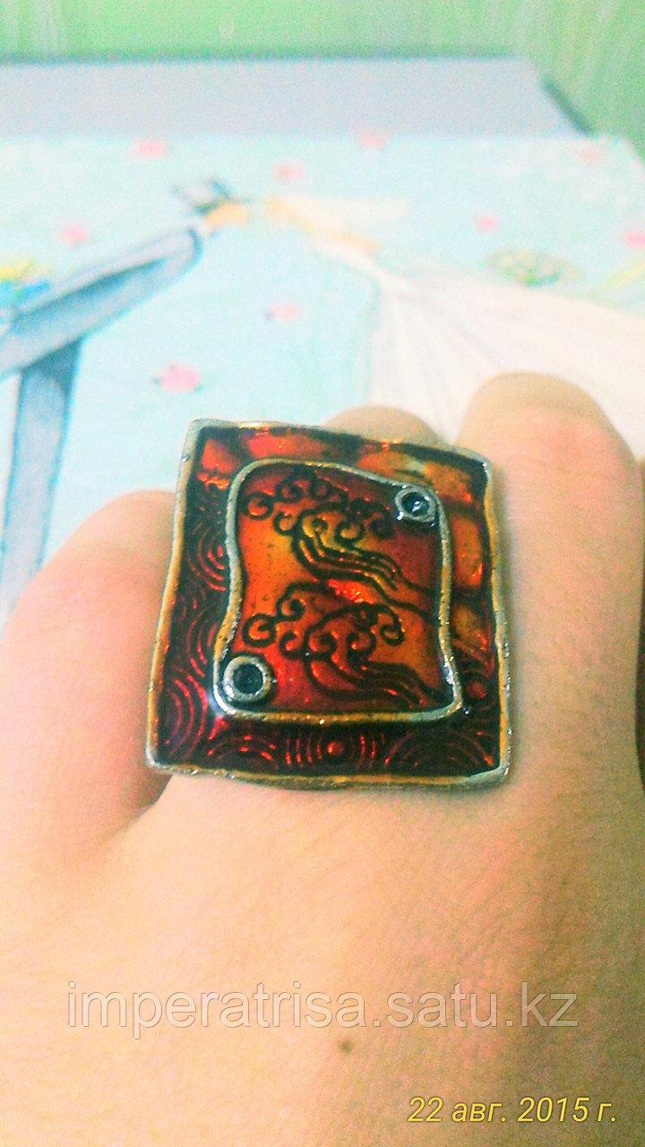 """Кольцо """"Красный квадрат"""""""