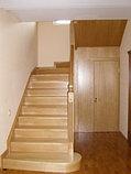 Лестница из дуба с вмонтированным шкафом, фото 3