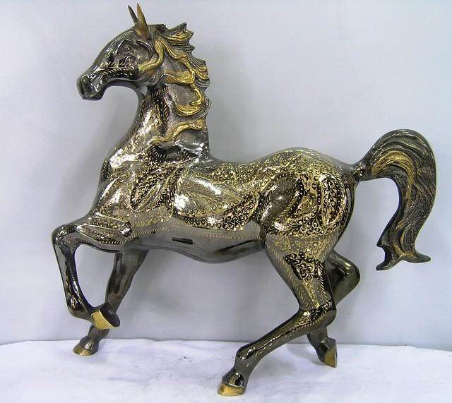 Статуэтка Конь