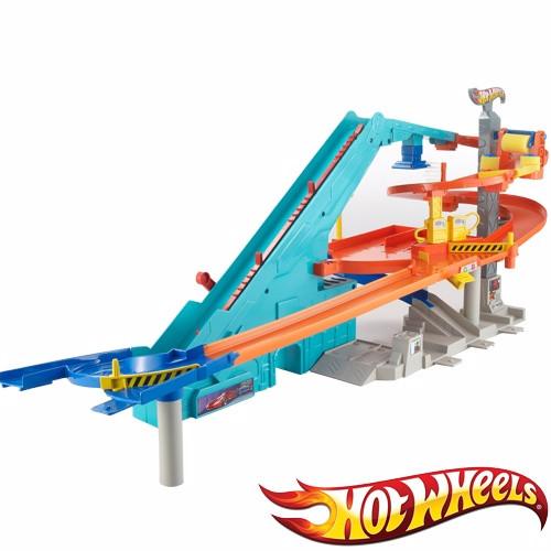 """Hot Wheels Игровой набор """"Мото гараж"""""""