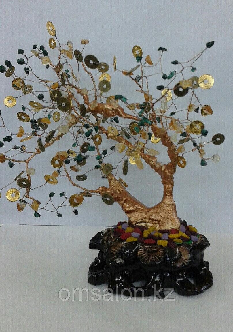 Деженое дерево с натуральными камнями