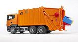 Мусоровоз Scania (цвет оранжевый) (подходит модуль со звуком и светом Bruder (Брудер)Артикул: 03-560, фото 3
