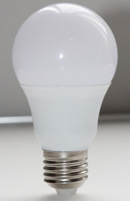 LED Светодиодные лампочки 6w E27 6500K.