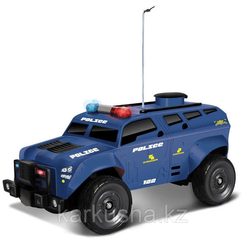 Полицейская машина на радиоуправлении