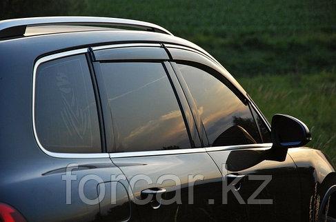Дефлекторы SIM боковых окон для BMW 5 Series Sedan (2003-, E60), темные, на 4 двери, фото 2
