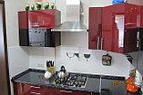 Кухня с бордовыми фасадами с акрилом, фото 2