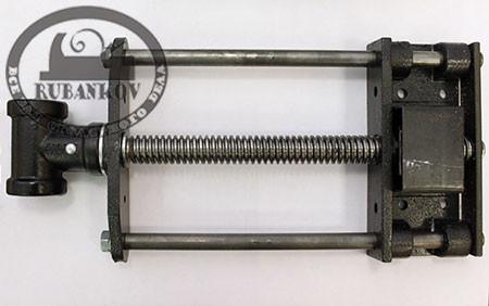 Винт для верст. тисков, с двумя направляющими, D24мм, 390/205мм, быстрозажимной