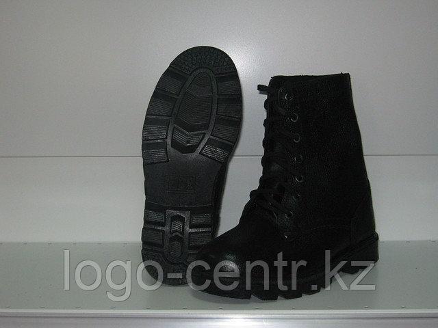 Ботинки с высоким берцем юфтевые  с укрепленным подноском, арт. 0095