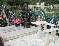 Мраморные скамья и столик для благоустройства могил