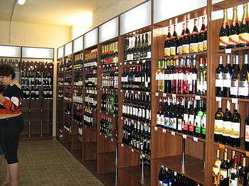 Торговое оборудование для  магазинов алкогольной продукции