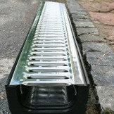 Комплект: лоток водоотводной Лайт ЛВ -10.11,5.9,5- пластиковый с решеткой стальной кл.А Артикул № 0806