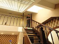 Лестница шпонированная