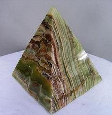 Пирамида оникс