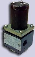 Гидрораспределитель. Ускоритель лебёдки ГР-2-3-24В ( У.4690 ), фото 1