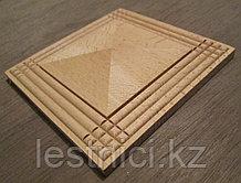 Розетка деревянная пирамида с окантовкой (100*100) F - 1(c).
