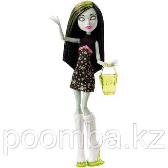 Кукла Монстер Хай Скара Скримс, Monster High Ghoul Fair