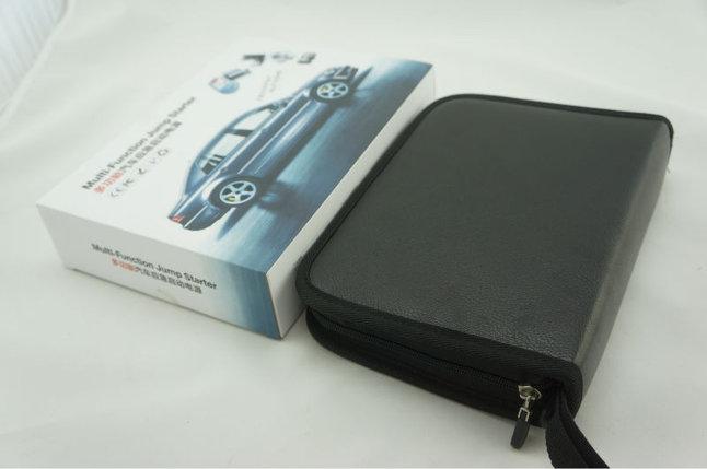 Аккумулятор пусковой - Car Jump Starter (автономное мини пусковое устройство для автомобильного аккумулятора , фото 2