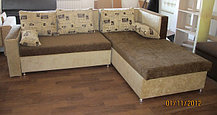 Угловой коричневый диван 250см-200см
