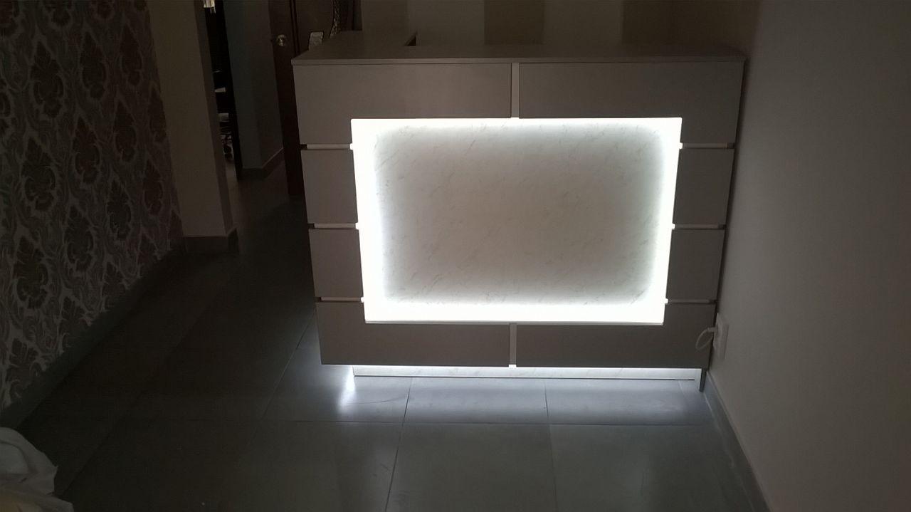 Ресепшн с подсветкой 1200*1300*900