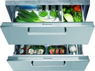 Холодильник встраиваемый Hotpoint-Ariston BDR 190 AAI