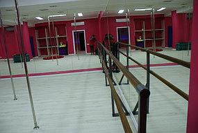 Установка зеркал в танцевальный зал (5 октября 2015) 2