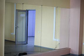 Установка зеркал в танцевальный зал (30 апреля 2015) 2