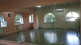 Установка зеркала в танцевальный зал (25 июня 2015) 1