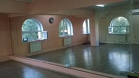 Установка зеркала в танцевальный зал (25 июня 2015) 3