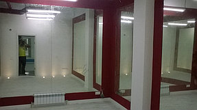 Установка зеркал в танцевальный зал (2 июня 2015) 1