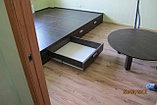 Подиум большой со столом и полками, фото 3