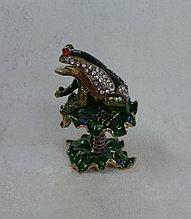Шкатулка лягушка
