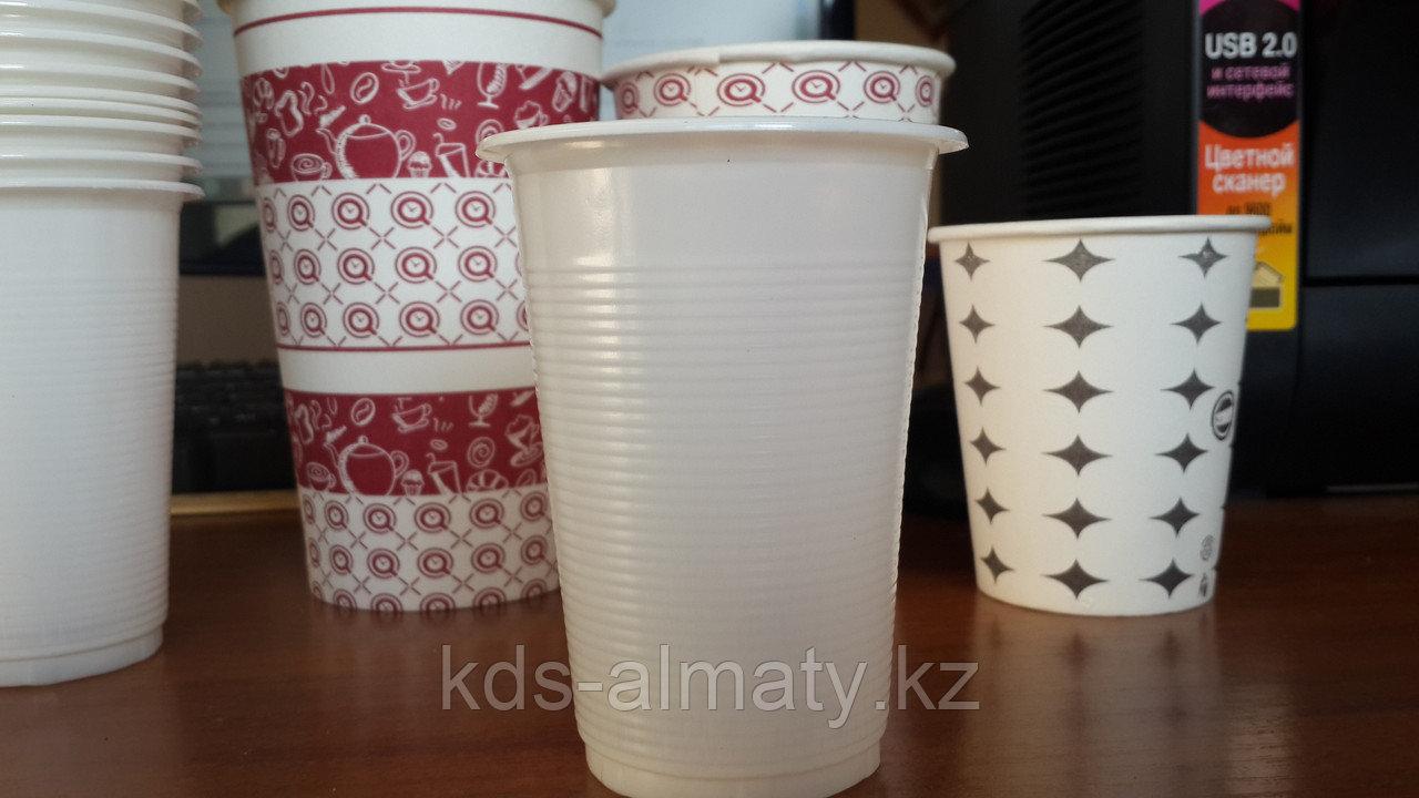 Стакан пластиковый 0,2 (белый)