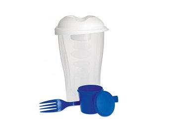 Пластиковый контейнер для салата