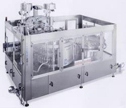 Триблок (ополаскивание / розлив / укупорка) производительностью от 3.000 до 6.000 бутылок в час