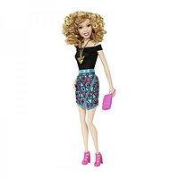 """Кукла Barbie """"Модная штучка"""" в синей юбке"""