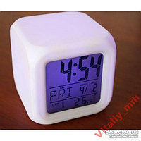 Многофункциональные часы-календарь 7 цветов