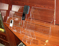 Подставки под телефоны для сал...