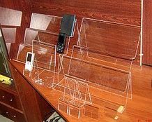 Подставки под телефоны для салонов сотовой связи