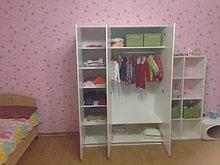 Шкаф белый в детскую