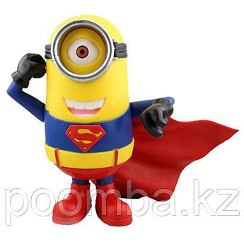 Статуэтка Гадкий Я – Миньон Супермен-Стюарт Синквэй Тойс, Despicable Me – Minion Stuart Superman Costume Statu