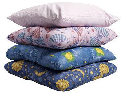 Одеяло, подушки,матрасы.