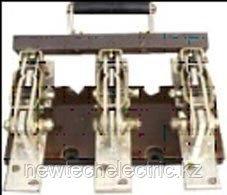 Рубильники открытого исполнения с центральным ручным приводом серии HD 11B