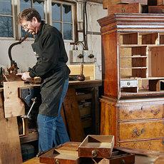 Услуги изготовления и ремонта мебели