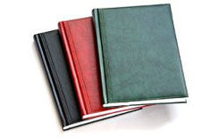 Блокноты, ежедневники, записные книжки, телефонные книги, календари